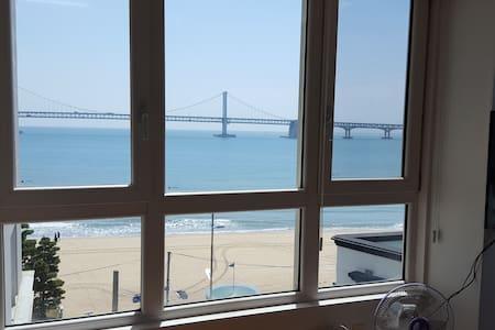 GWANGAN BEACH HOUSE - 水营区(Suyeong-gu) - 公寓