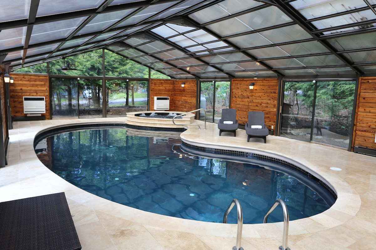 High Quality Yes Your Own Private Heated Indoor Swimming Pool!   Houses For Rent In  Tobyhanna, Pennsylvania, United States