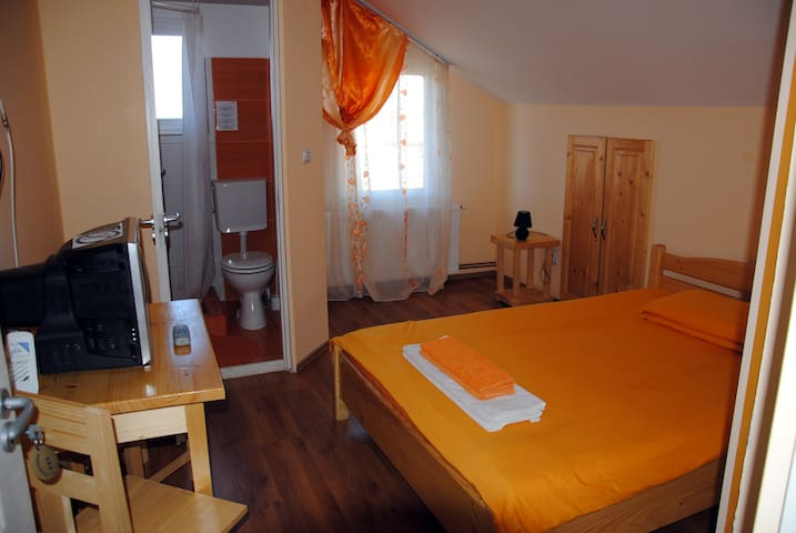 Standard double room - Sînmartin - Huis