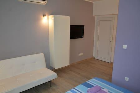 Dubas Studio Apartment