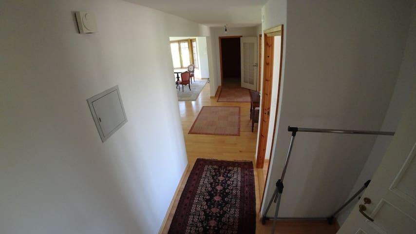 moderne 3 1/2 Zimmerwohnung