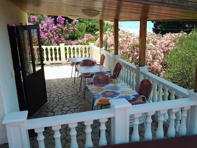 Four bedroom Lošinj with sea view - Mali Lošinj - Apartament