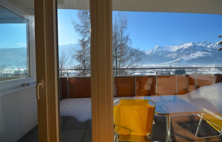 Apartment Bruckberg A - tastefully furnished apartment, sunny location, big balcony with amazing vie