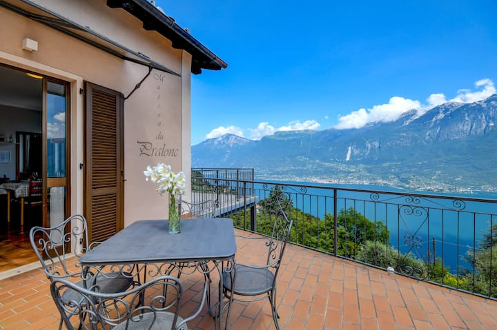 Holiday Apartment Maison du Pralonc - CIELO with Lake View, Mountain View, Wi-Fi & Terrace; Parking Available, Pets Allowed