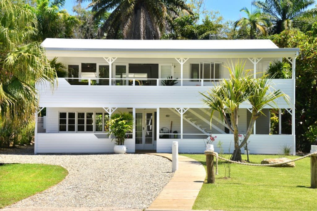 Classic Beach House in Port Douglas