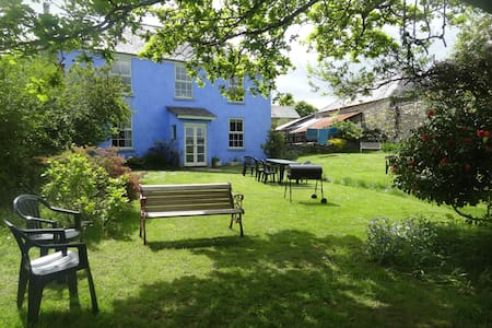 Large Devon Farmhouse up to 12 - Loddiswell - Ev