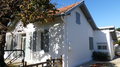maison avec jardin, terasse, 3chambres pour 6 pers