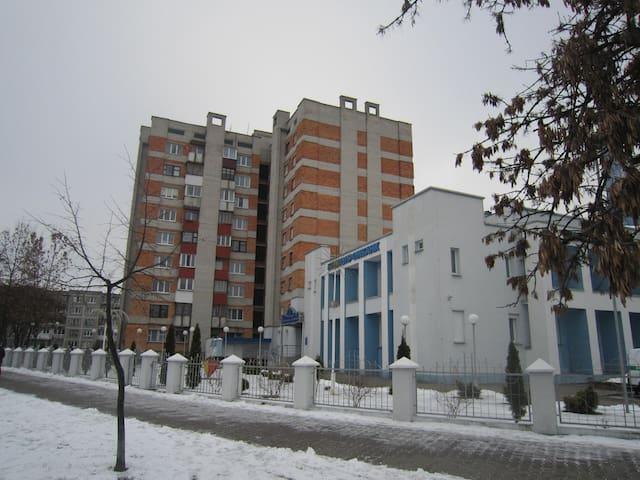 2-х комн. квартира на Советской Конституции - เบรส์ต - อพาร์ทเมนท์