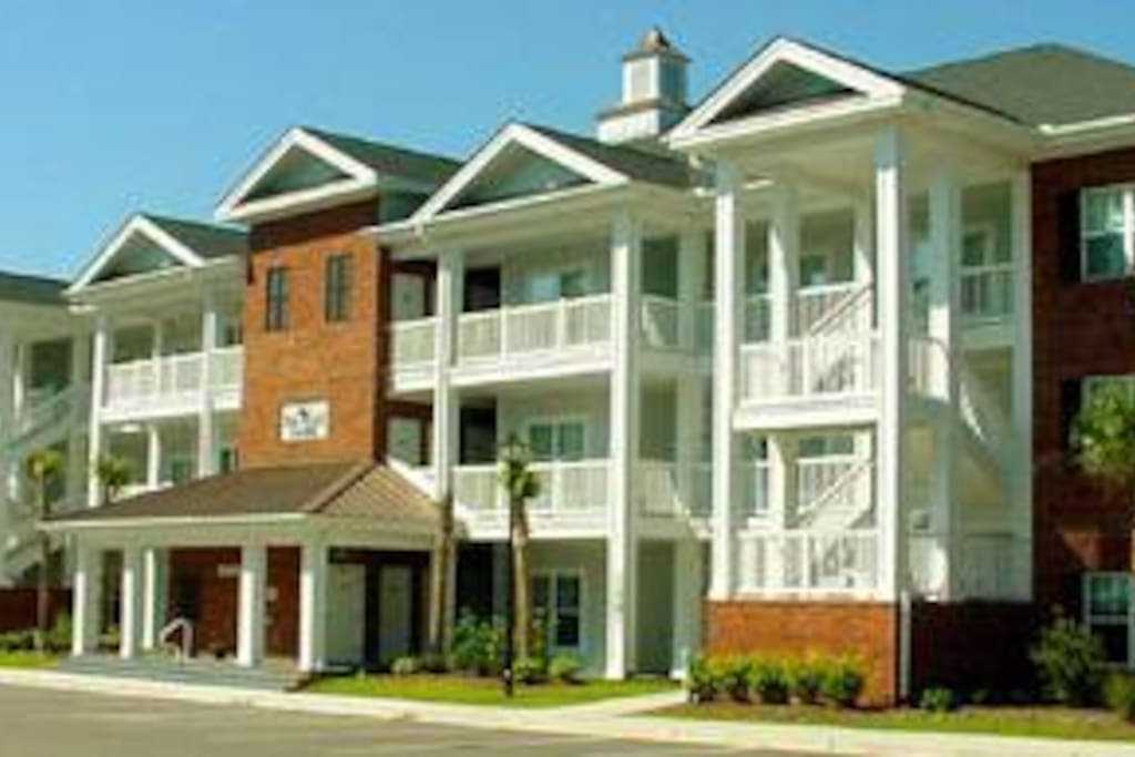 First floor Condo has parking located outside you front door.