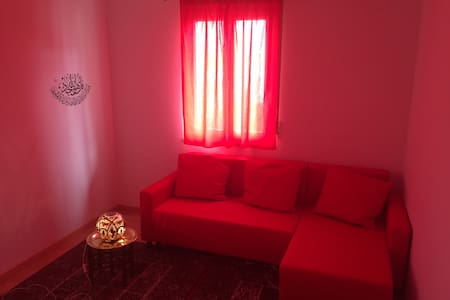 Gemütliches Zimmer in Privatwohnung - Reutlingen - Wohnung