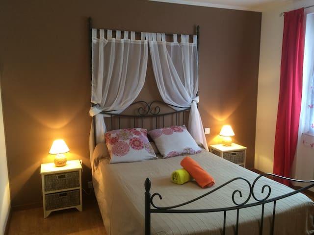 Suite familiale avec 2 chambres - Monteils - Bed & Breakfast