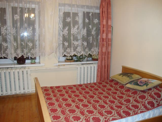 Уютный дом на небольшую компанию - Kosherovo - Dom