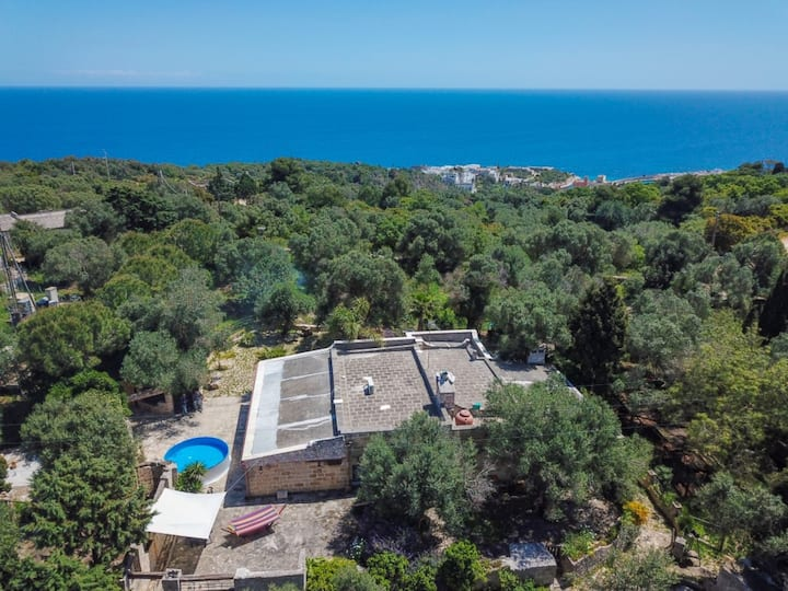"""Beautiful Villa """"Atjas"""" in Tricase Porto with Sea View, Pool, Wi-Fi, A/C, Terrace & Garden; Parking Available, Pets Allowed"""