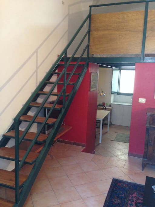 scala accesso camera da letto