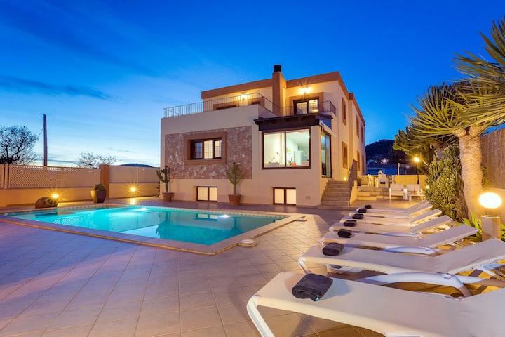 Villa in Ibiza Town with private pool! - Campo Sol