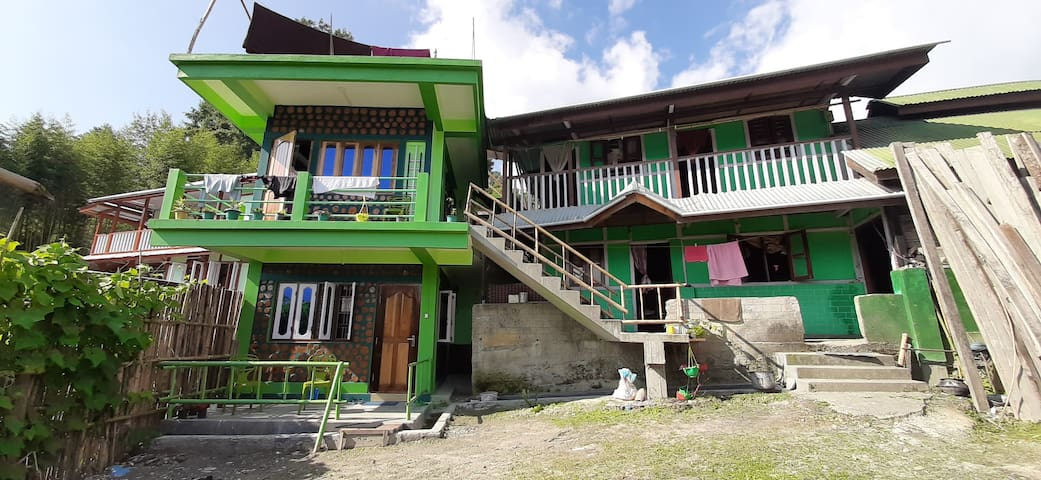 Ziro Valley Homestay Cottage. (with meals)