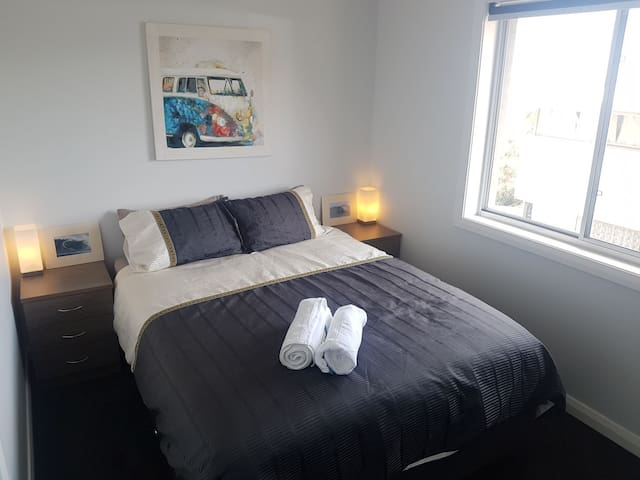 Fresh Modern Room in Friendly Unit *Bedroom North*