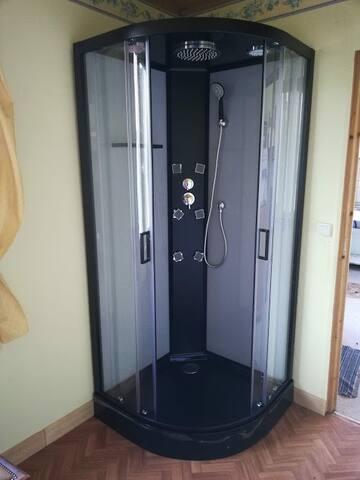 La cabine de douche