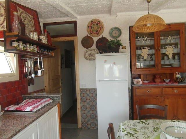 Appartamento con vista mozzafiato - Carloforte - Leilighet