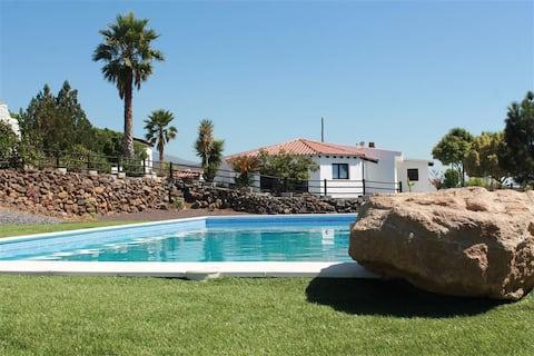 """Eco Granja """"El Draguito Villas"""" con piscina climatizada"""