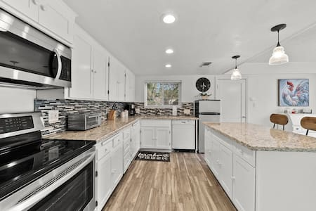 Fair Oaks Village/ American River Bungalow
