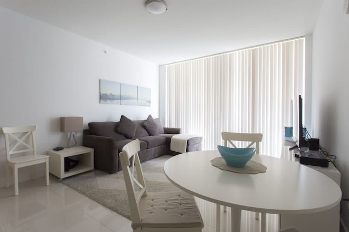 Amazing 2 Beds - 2 Baths in the heart of Miami