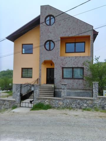 Vila in Oradea,  near FELIX thermal bath