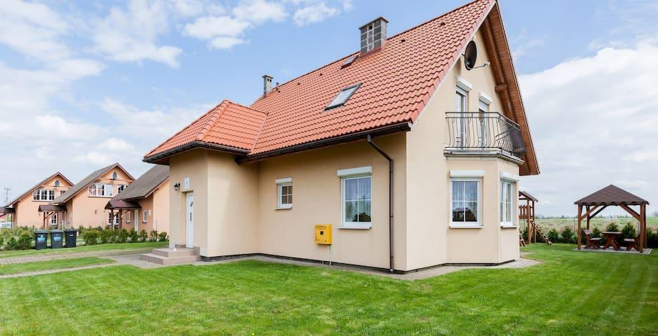 Holiday House Mewa | terrace, WiFi - Zastań - Casa