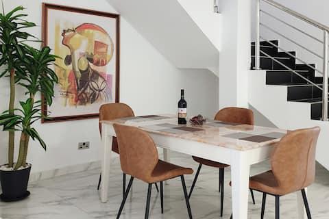 Novus Sensa A2b - Luxus-Duplex mit 2 Schlafzimmern in Lekki