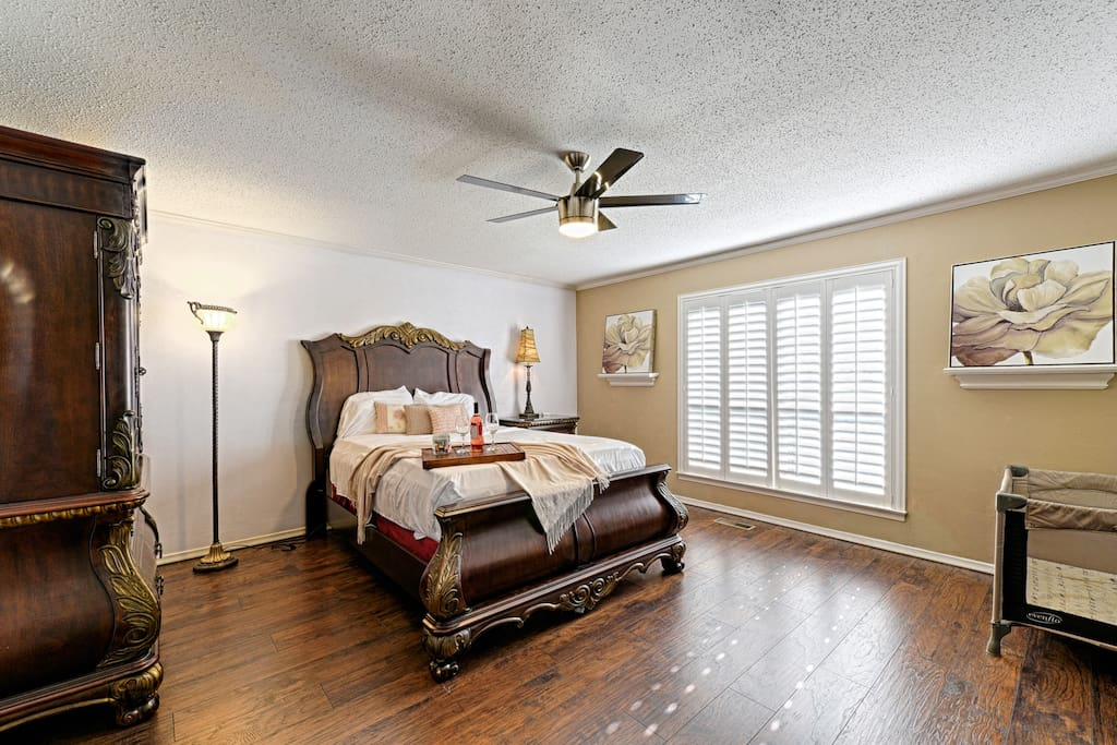 Spacious Master Bedroom.  We have a Pack-N-Play available if needed