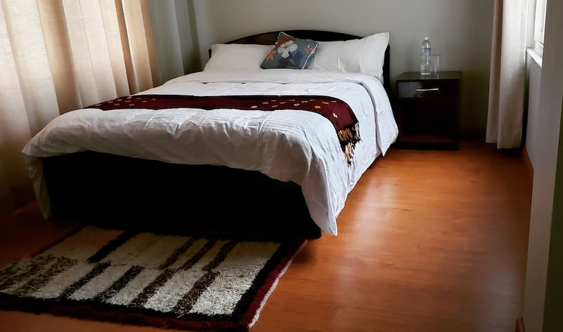 Firante Guesthouse - Room with private Bath 1