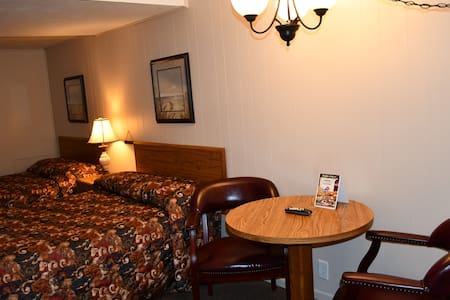Sweet Home has two full size beds, a spacious sitting area.
