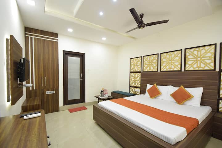 Elegant Premium Rooms In Alwar