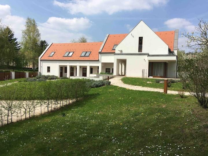 Villa Szent Jakab, island of peace near Balaton