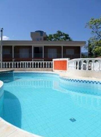 Condomínio em Camburi  700mts praia - São Sebastião - Apartamento