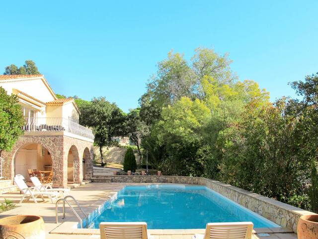 Holiday home in Les Issambres - S.145