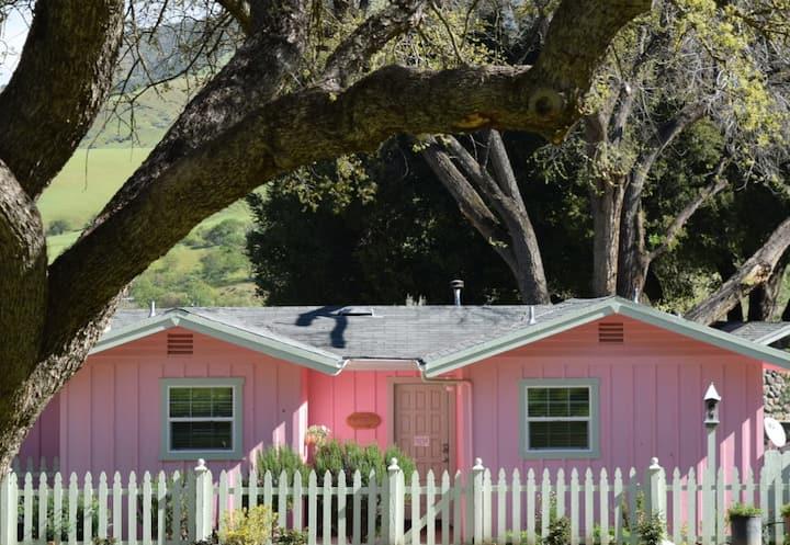 La Casa Rosa -1000 Acres Near Pinnacles Nat'l Park