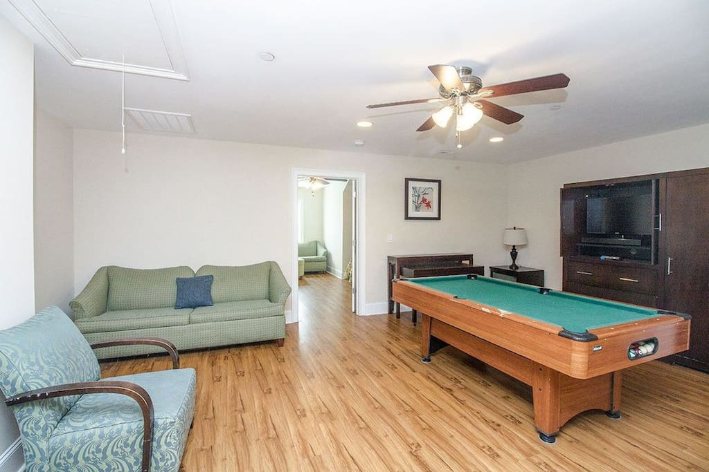 5 Bedroom Ocean Blvd Condo Pool Table In The Gameroom Sleeps 12 Apartments For Rent In