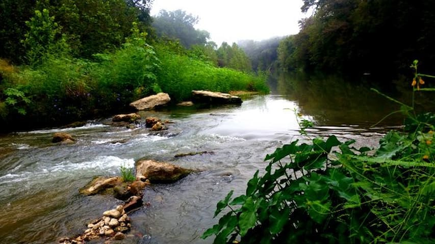 Secluded Waterfront Acreage on the Guadalupe River