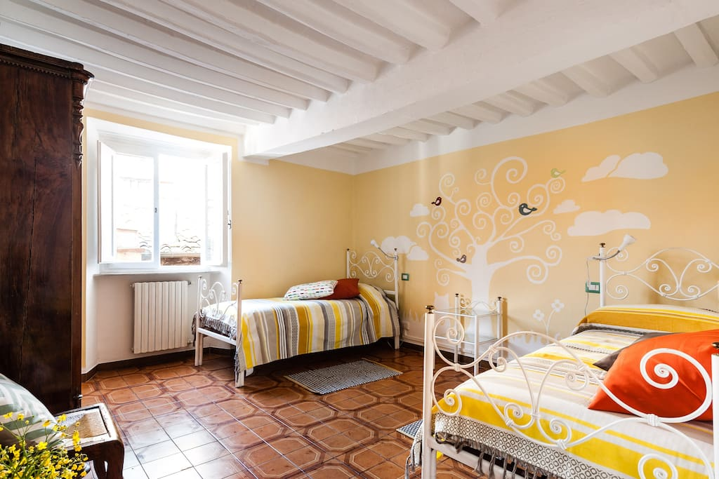 In piazza anfiteatro apartments for rent in lucca for Anfiteatro apartments