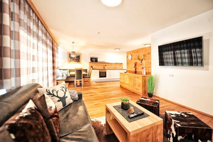 Chalet-Apartment Gamskogel / MountainChalets Fiss