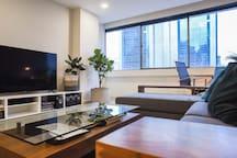 Spacious Apartment, Prime area of Pavilion & KLCC.