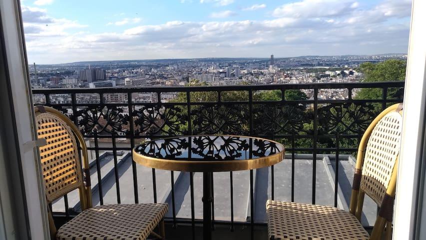 Imaginez vous sur ce petit balcon pour le petit déjeuner !