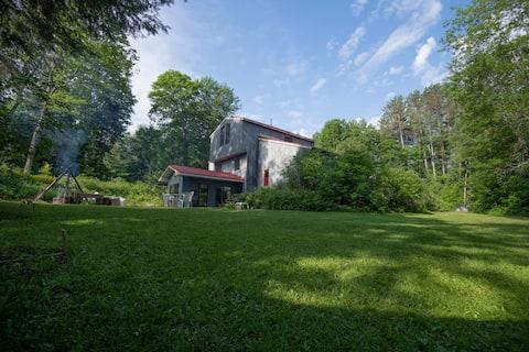 Lassetter Lake Lodge - The Muskoka Experience