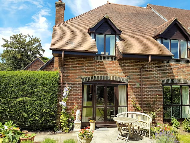 9 Langtons Court, Arlesford - New Alresford - Hus