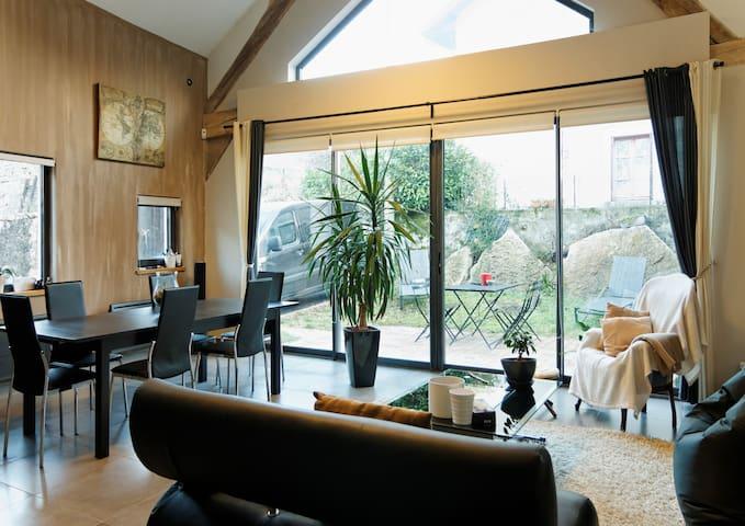 Grange contemporaine du Bugey - Bénonces - Casa
