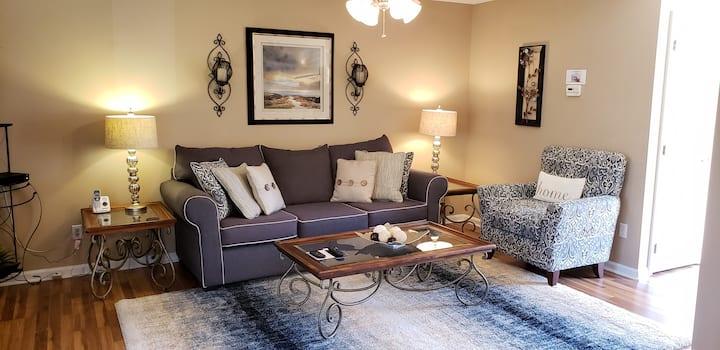 Beautiful condo in the South Charlotte Area