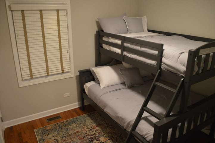 Bedroom 4  with Full Bed on bottom and Twin Bed on top