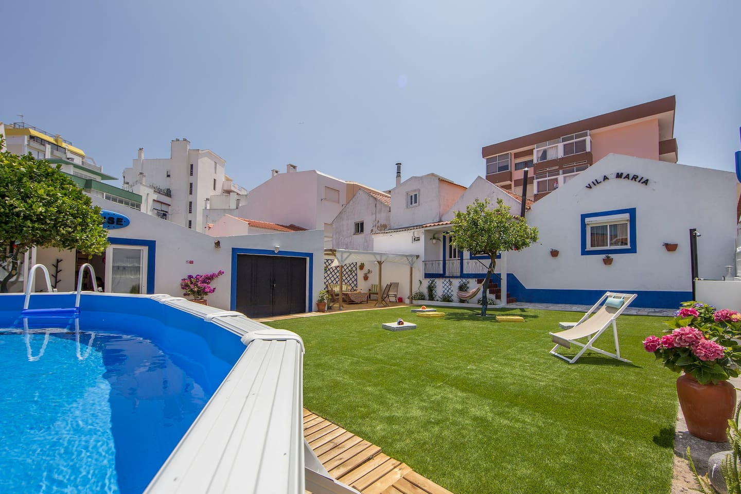 Shared-use garden and swimming pool