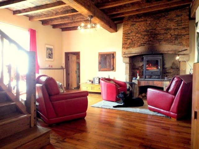 Saint Auvent.Very large house ideal for 2 families - Saint-Auvent - House
